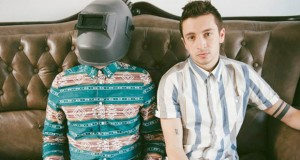 "Twenty One Pilots is working on ""knew kmewsik"""