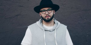 Andy Mineo's uncomfortable again