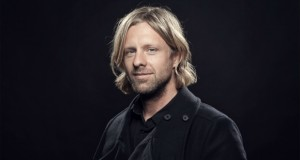 Switchfoot's Jon Foreman cowrites for new project