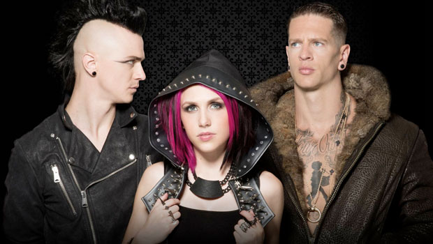 Radiou Icon For Hire Is Hooking Fans Up With Free Merch