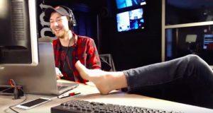 The RIOT: Hudson clips Zach's toe nails