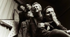 Switchfoot announces their Fantastic Traveling Music Show