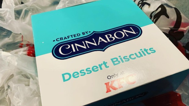 RIOT Food Fight: KFC Cinnabon Biscuits