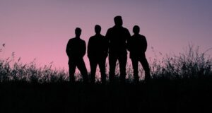 Thrice releases Horizons/East